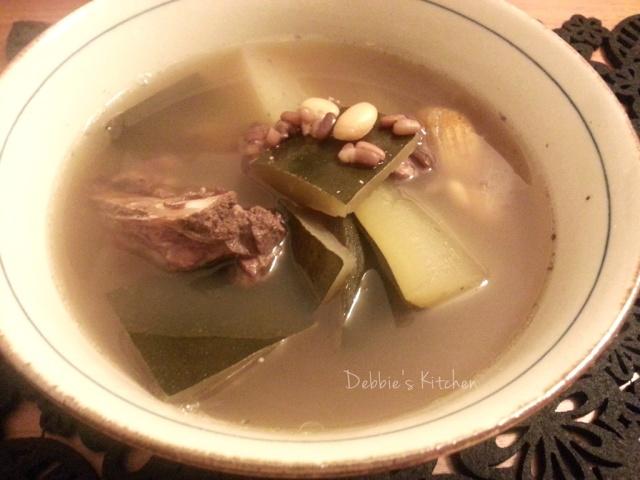 冬瓜赤小豆扁豆排骨湯