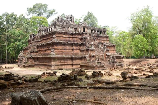 空中宮殿(Phimeanakas Temple)