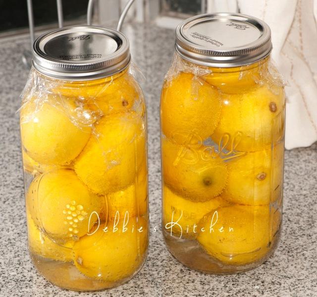 把處理好的檸檬入瓶