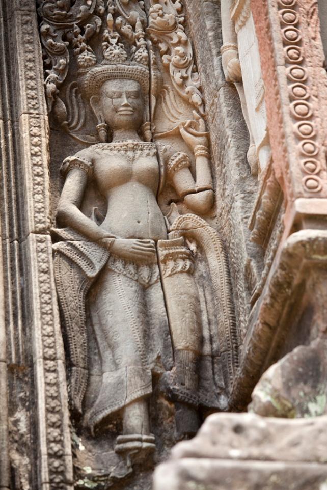 Aspara (飛天女神)浮雕