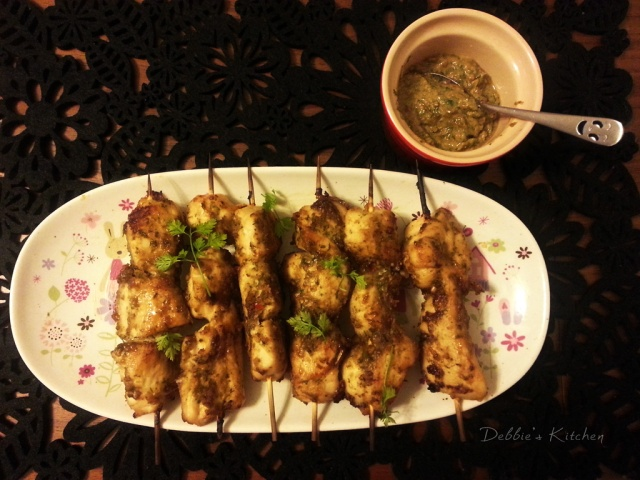 Chicken Skewers with Satay Sauce  沙嗲雞肉串