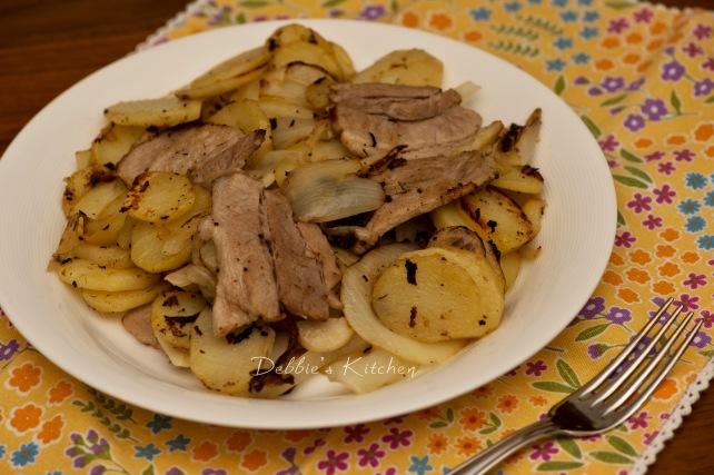 豚バラ入りジャーマンポテト 香煎豬肋骨配德國薯仔