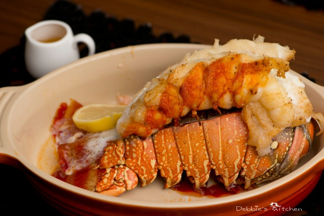 Broiled Lobster Tail with Butter Sauce  牛油焗龍蝦尾