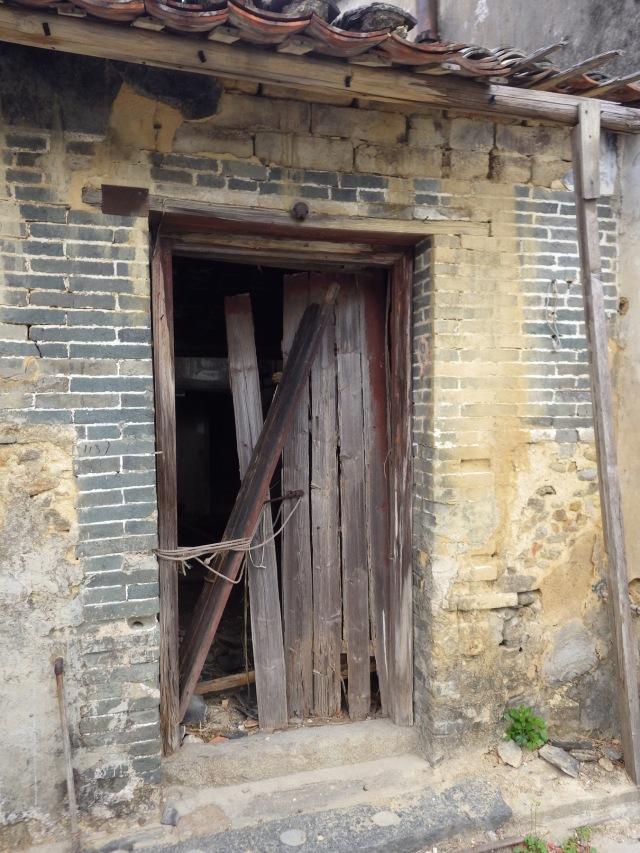 已荒廢的村屋