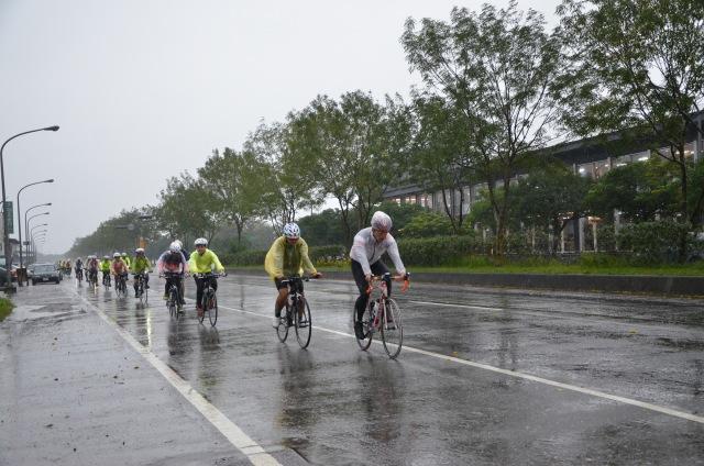 宜蘭下著大雨