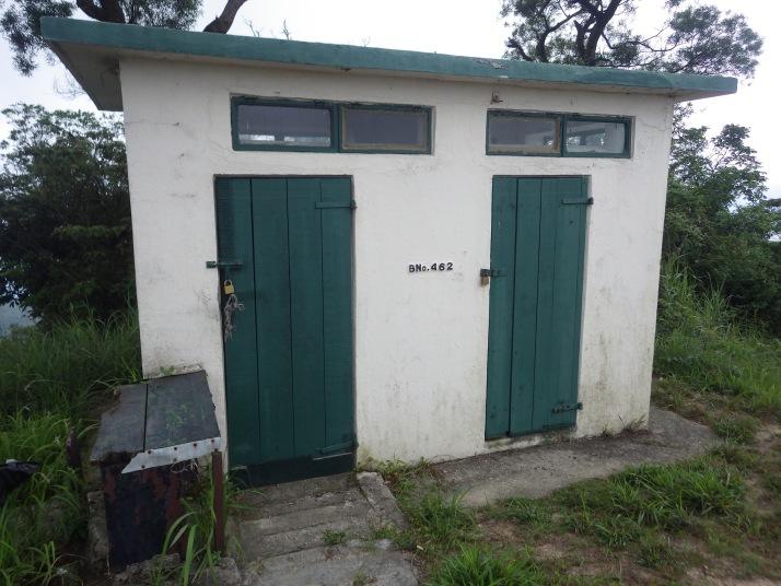 另外一間小屋,在瞭望台後面