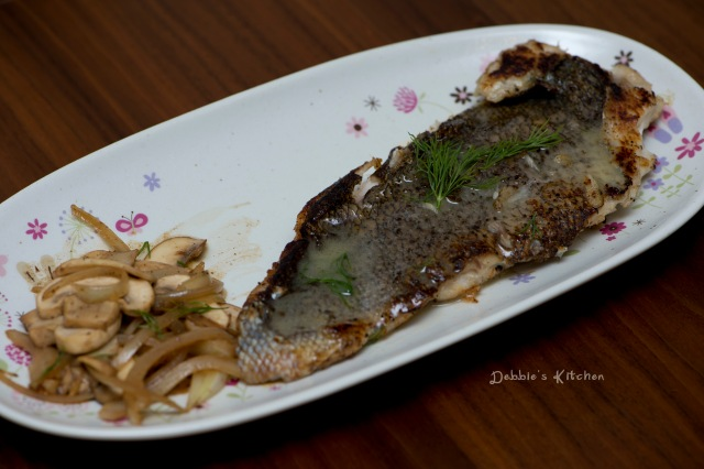 Sauteed Mushroom with White Wine 白酒炒磨菇 , Fish Fillet with Lemon Sauce