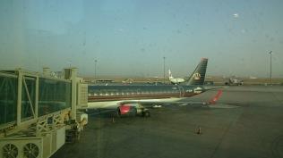 乘搭約旦航空,經曼谷往安曼,再轉機到特拉維夫