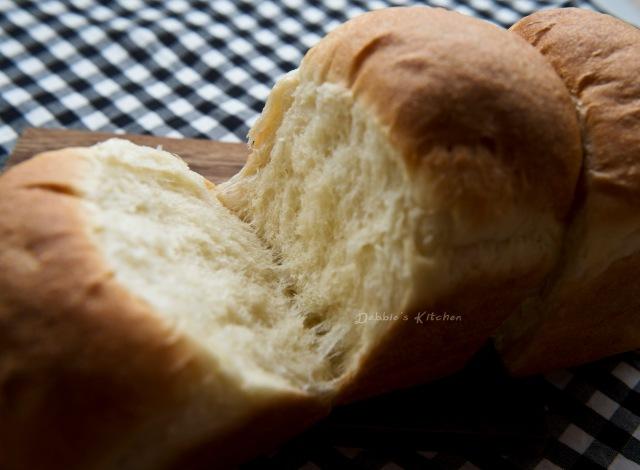 麵包質感柔軟濕潤