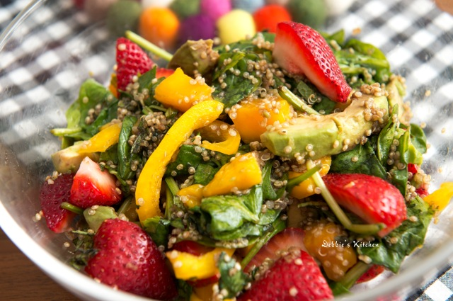 Strawberry Quinoa Salad水果藜麥沙律