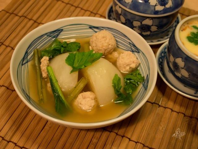 圓蘿蔔雞肉煮物  カブと鶏挽肉の煮物